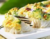 Baked fish fillet (frozen food)