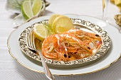 Prawns with lemon