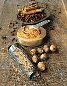 Cloves, nutmeg, cinnamon (ground, grated and whole)