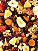 Trail mix (dried fruit and nut mixture)
