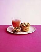 Muffin with sunflower- & pumpkin seeds & grapefruit juice