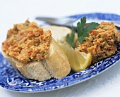Spicy vegetable spread on bread