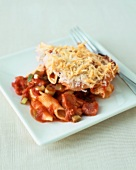 Pasta bake with ham and tomatoes