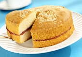 Sponge cake with raspberry jam filling