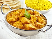 Chicken tikka masala with saffron rice (India)
