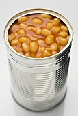 Baked beans in tin