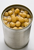 Chick-peas in a tin