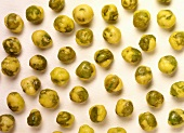 Wasabi peas (Japanese snack food)