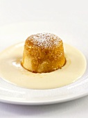 Treacle sponge pudding (UK)