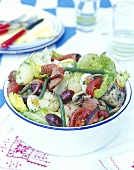 Salade niçoise with slices of fillet steak
