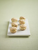 Six macaroons with pistachio cream filling
