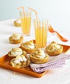 Apple meringue tarts and lemonade