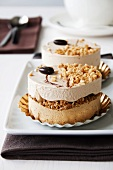 Cappuccino cakes with toasted nuts