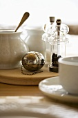 Tea infuser, sugar bowl, salt and pepper mills