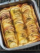 Karamellisierte Apfel-Rosmarin-Tarte