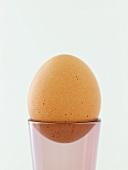 Gekochtes Ei im Eierbecher