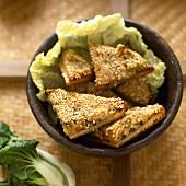 Sesame prawn toasts (China)