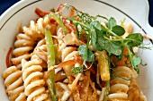 Pasta salad with julienne vegetables