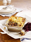Cottage pie with red cabbage