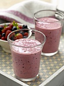 Honey and berry smoothies