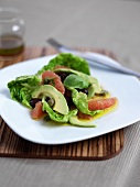 Avocado salad with grapefruit and olives