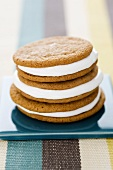 Moon pies (biscuits with a marshmallow filling)