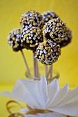 Cake pops with sugar stars