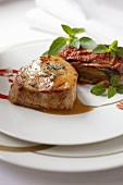 Veal medallions with an aubergine bake