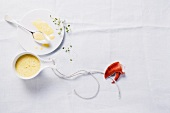 Creamy white wine sauce with saffron (for fish and seafood)