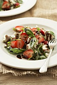 Strawberry-spinach salad with fresh goat chees