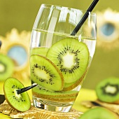 Mineral water with kiwi slices