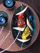 Marinated pepper kebabs with Manchego