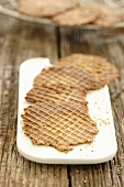 Cinnamon wafers