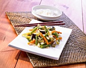 Wok-fried vegetables and rice (Asia)