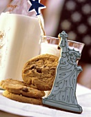 Statue of Liberty Cookie with Cookies and Milk