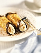 Cannoli with Chocolate and Cinnamon
