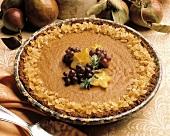 Kürbispie (Pumpkin Pie) mit kandiertem Ingwer, Trauben