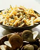 Pasta con le vongole veraci (Pasta with clam sauce)