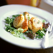 Broiled Scallops on Greens