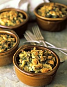 Herbed Macaroni and Cheese Baked in Individual Bowls