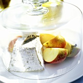 Goat Cheese with Apples