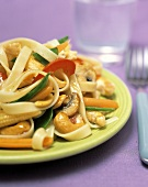 Fettucini with Mushrooms, Cashew and Vegetables
