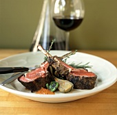 Lamb cutlets with artichokes