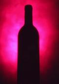Silhouette of a wine bottle