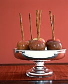 Caramelised apples in a silver bowl