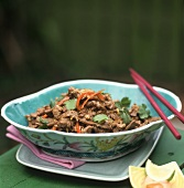 Beef with coriander leaves and carrots (Asia)