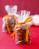 Candied Pecans in Small Gift Bags