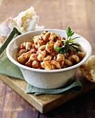 Cavatappi (corkscrew pasta) with tomato sauce and bread