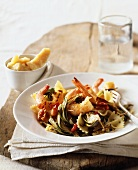 Farfalle with shrimps and artichokes