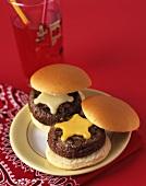 Lamb burger with star-shaped cheese